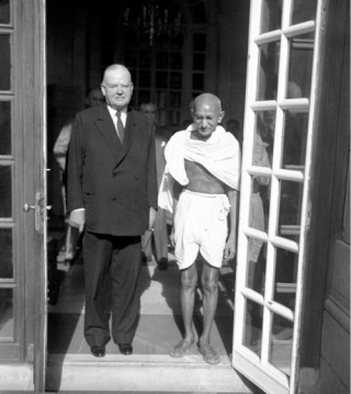 Gandhi Herbert Hoover